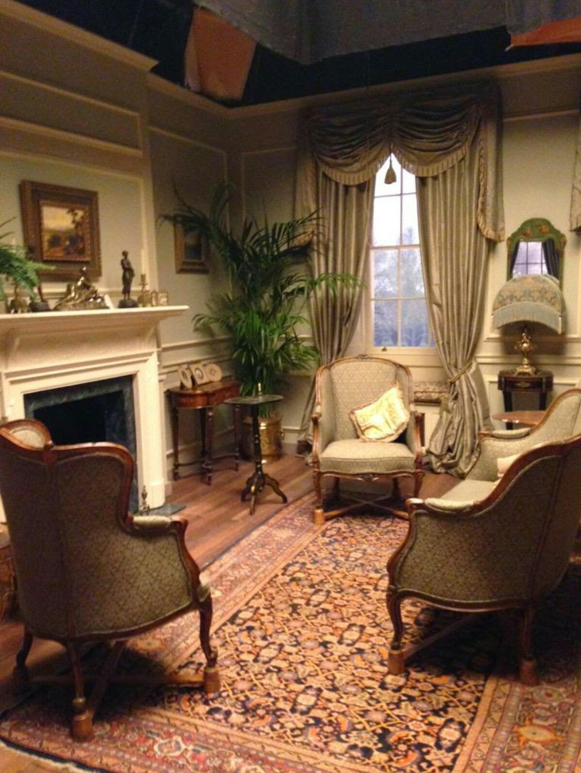 Downton Abbey Living Room Creepingthymeinfo