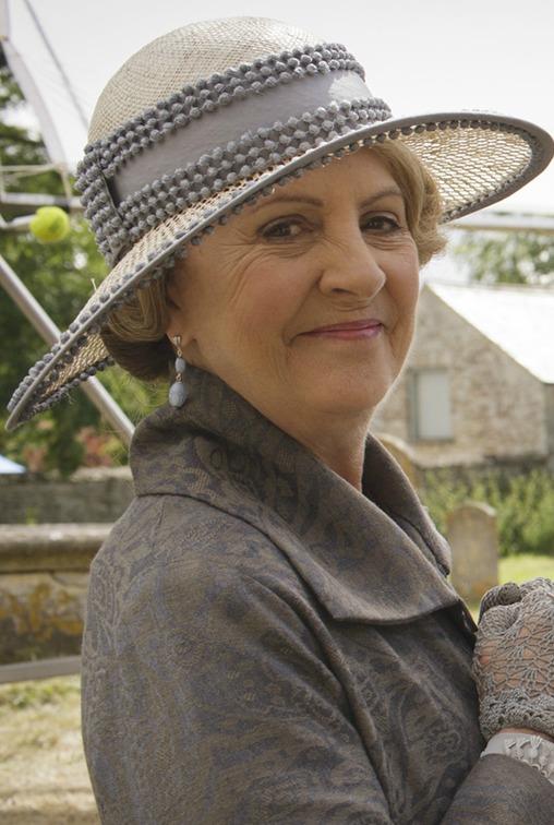 Isobel Grey  eb2fdff98f