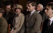 Uktv-downton-abbey-s04-e07-2-1-