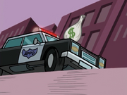 S01e20 money falling on police car