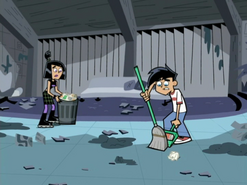 S02e03 Danny and Sam cleaning up