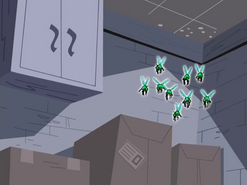 S02e02 bugs in a storage room