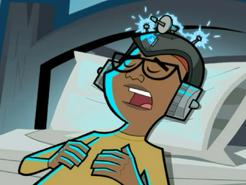 S03e09 Tucker with sleep helmet