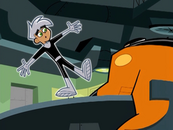 S01e19 Danny waving side to side