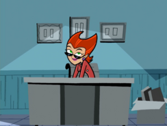 S01e09 What's behind the desk?