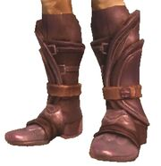 Чешуйчатые ботинки