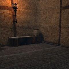 Skrzynia zawierająca prezent dla Carvera lub Bethany