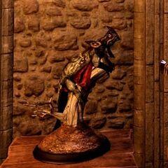 Wyvern-Statue in der Taverne <a href=