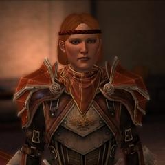 Aveline in ihrer neuen Rüstung als Hauptmann der Stadtwache