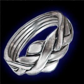 Кольцо-загадка HoDA