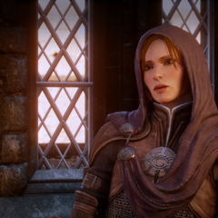 Leliana in ihrem Taubenschlag in Dragon Age Inquisition