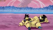 Goku y Vegeta usando el Gi