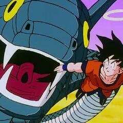 La Principessa in forma di serpente tenta di catturare Son Goku.