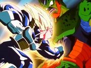 Super Vegeta tira un pugno a Cell