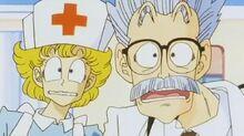 Dottore anonimo e infermiera