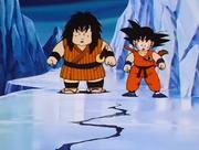 Yajirobei e Son Goku nella Terra dei Ghiacci