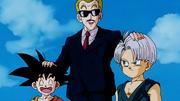 L'annunciatore del Torneo Tenkaichi saluta Goku e i suoi amici