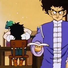 Il Signor Shu rimprovera Gohan per un errore.