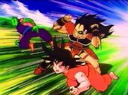 Raditz vs Goku y Piccolo