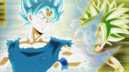 Goku Super Saiyan Azul vs. Kefla Super Saiyan