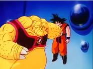 Mikokatsu atrapando a Goku