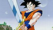 Goku maneggia la Spada Z