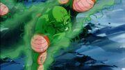 Junior passa la sua energia a Goku