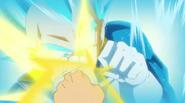 Trunks le da un puñetazo a Vegeta (DBS) - Dragon Ball Wiki