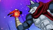 EP81DBS Bergamao le da un puñetazo a Goku