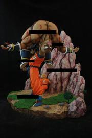 Diorama Nappa v Goku