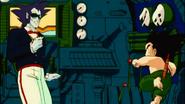 Son Goku intenta detener a lucifer