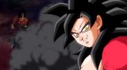 Goku Xeno SS4 y Broly Dark