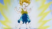 Trunks si trasforma in Super Saiyan