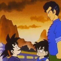 Il Maestro Chin e il figlio Shoken salutano Son Goku.
