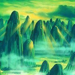 Veduta del Monte Paozu illuminato dai primi raggi del sole