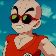Crilin con gli occhiali da sole.