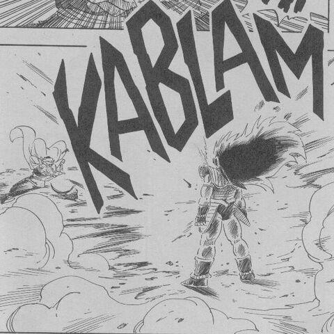 Piccolo cerca di ferire l'avversario.