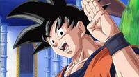 Goku saludando