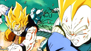 Goku y Vegeta perforando a Metal Coola