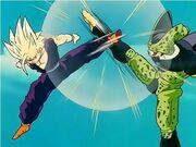 Gohan Super Saiyan 2 contro Cell Perfetto