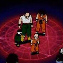 Crilin, Yamcha, Tenshinhan e Jiaozi nella Camera del Tempo.