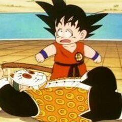 Son Goku che perde la forza quando gli viene tirata la coda.