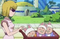 Madre con gli occhiali da sole - DB oav