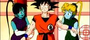 Lily y Keely junto a Goku