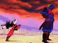 EP152DB Son Goku esquivando