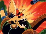 Goku perforando al Robot Pirata