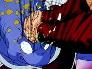 Bardock asesinando a un soldado de Freezer 2