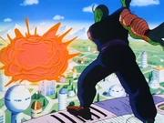 Il Gran Demone Piccolo distrugge parte della città