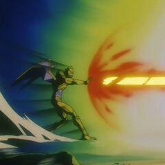 Су Шинрон атакует Супер Сайяна 4 Гоку