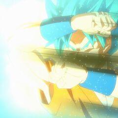 Супер Сайян Голубой Гоку наблюдает трансформацию Фризы